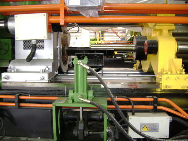 forged and pre-stresed tie rods Machines